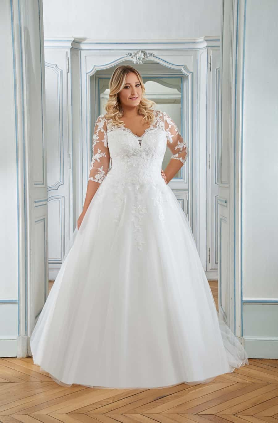 CURVY by the Sposa Group 218-10